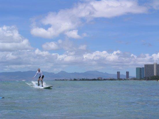 Surfing Waikiki 31