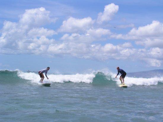 Surfing Waikiki 36