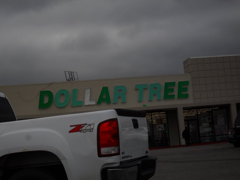 "A ""Dollar Tree®"" in Dodge City whose sign needs repair"