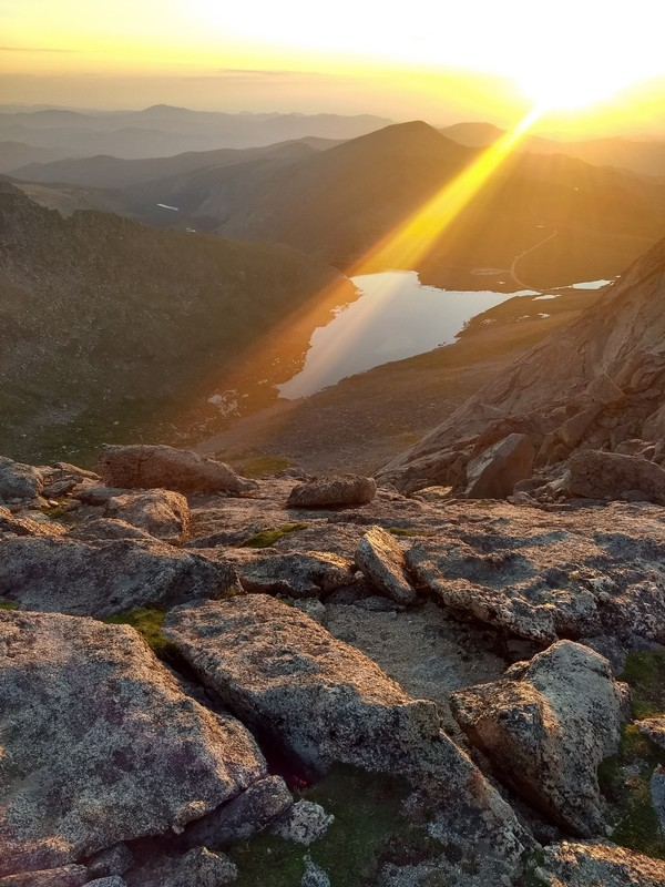2018-07-08 - Mt Evans - 12 - Summit Lake after sunrise