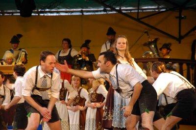 Dancing_2.jpg