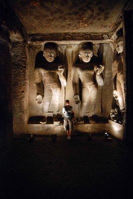 Large_Buddha_statues.jpg