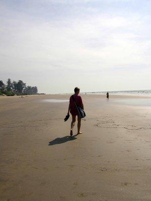 Lisbeth_on_the_beach.jpg