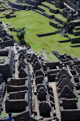 Machu_Picc..urtyard.jpg
