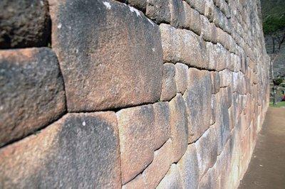 Machu_Piccu_wall.jpg