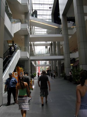 Mall_life.jpg