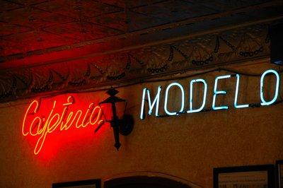 Modelo_sign.jpg