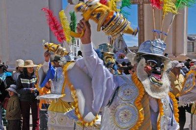 Parade_dancers_2.jpg