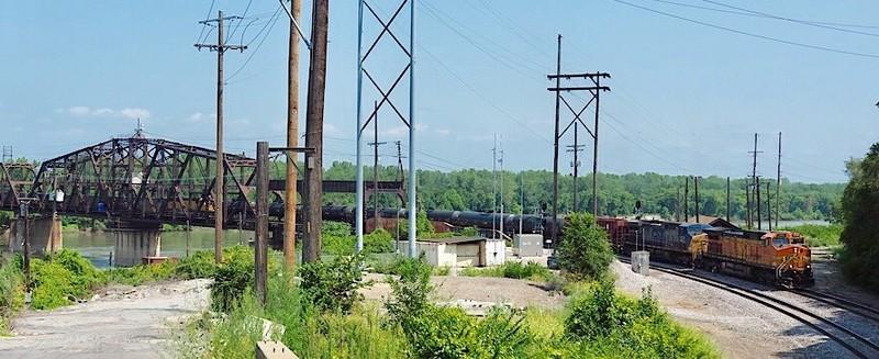 Railroad bridge over the Missouri in Kansas City, MO