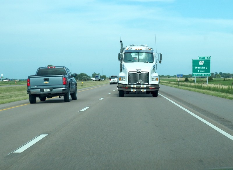 large_Truck.jpg