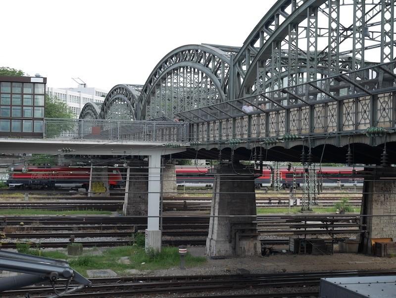 Hackerbrücke 01