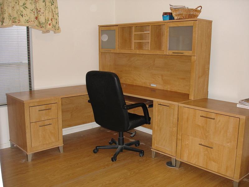 I hated leaving my nice desk!