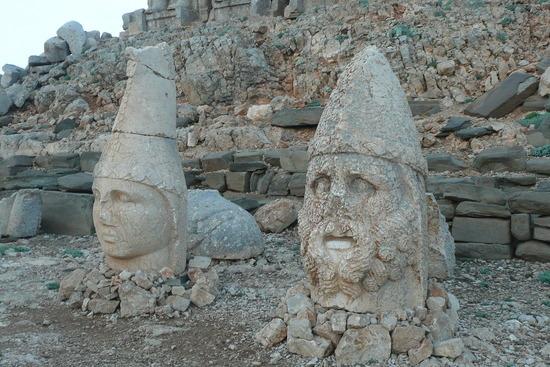 Nemrut heads