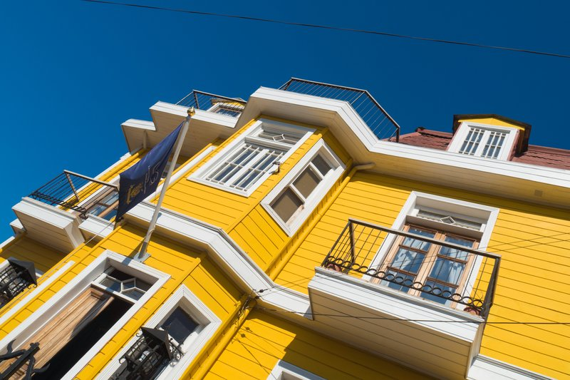 Yellow House, Valparaiso