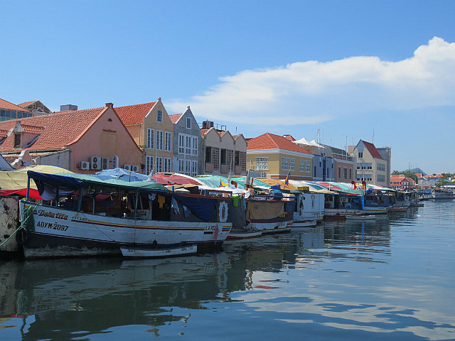The Floating Market ...