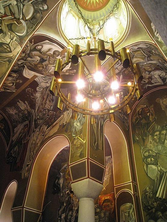 Cool Modern Frescoes at the Patriarch's Church