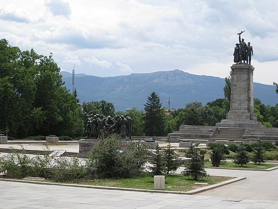 Pure Propaganda - Monument to the Soviet Army