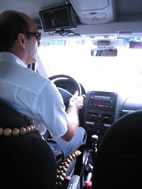 A Sell-Out - What Kind of Backpacker Takes Taxis??