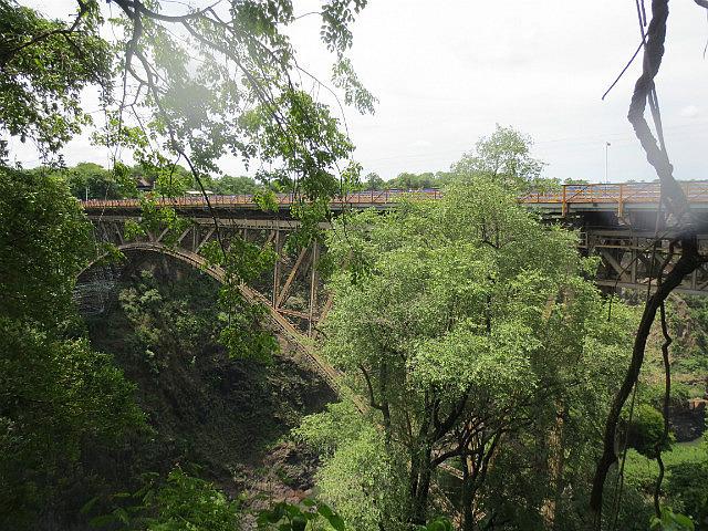 Bridge Between Zambia and Zimbabwe ...