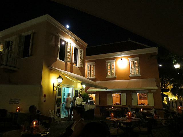 Hotel Kura Hulanda ...