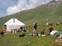 Jailoo between Osh and Bishkek