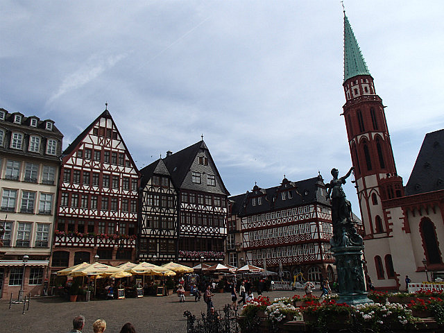 Frankfurt main square