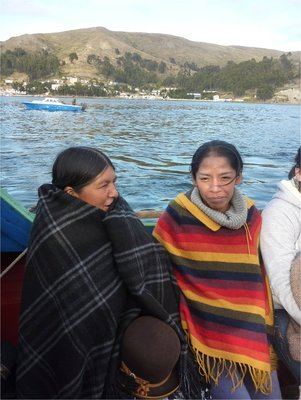 90_baat_paa_titicaca.jpg