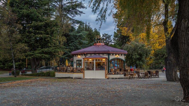 Dinner venue - The Boatshed Cafe