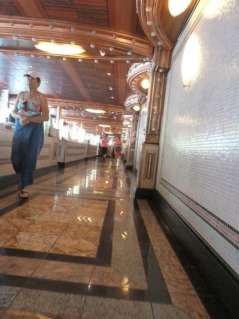 les couloirs du bateau