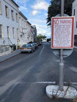 90_No_Parking.jpg