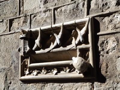 Gaudi mailbox