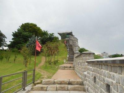 Path Along the Walls