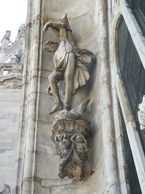 Duomo Statues