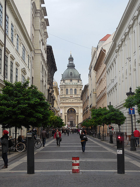 Road to St. Stephens Basilica