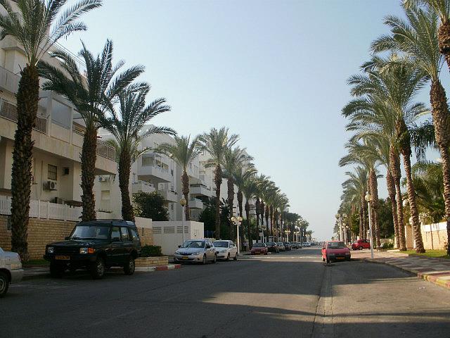 Nahariya beachy street