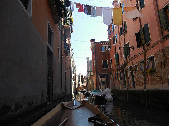 "Rowing the back ""streets"" of Venice"