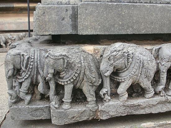 Elephants on Parade 1