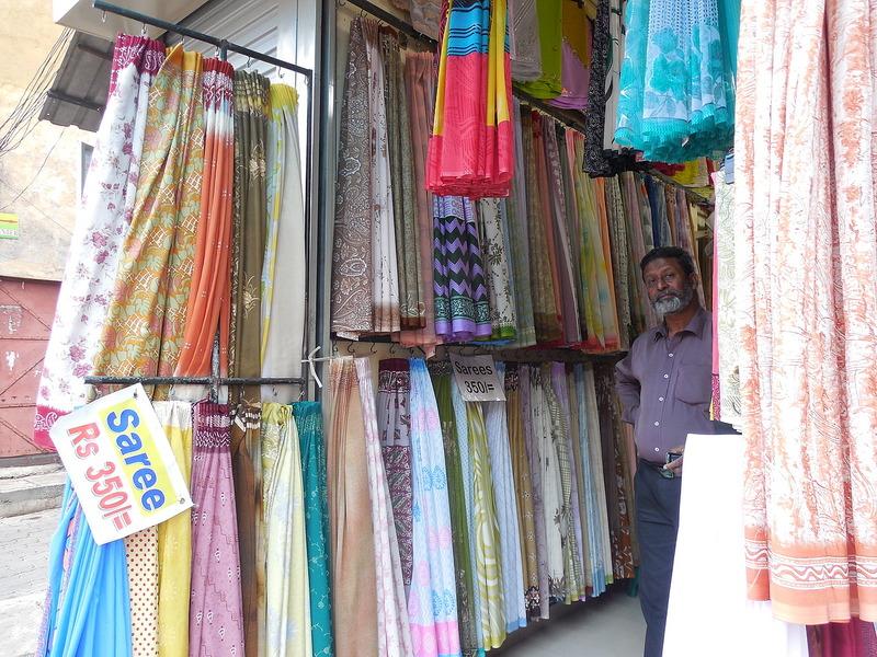 Sari store
