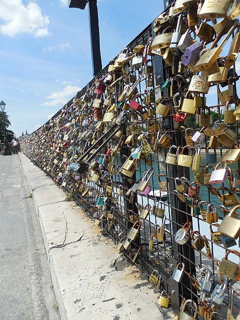Locks bridge