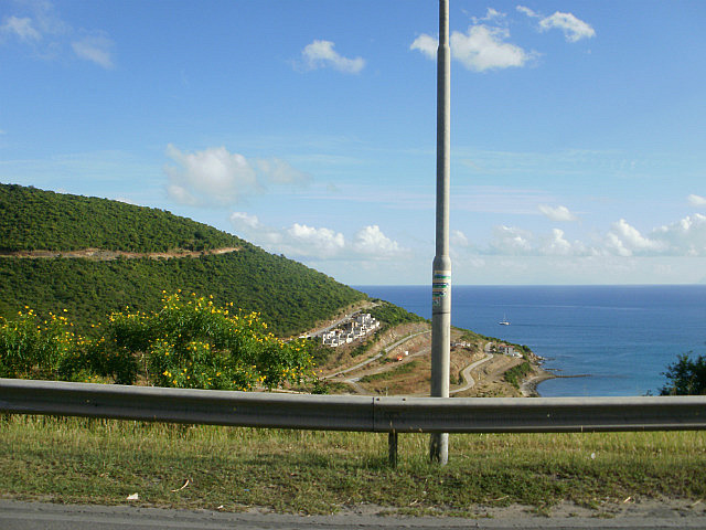 Mountainous road to Marigot