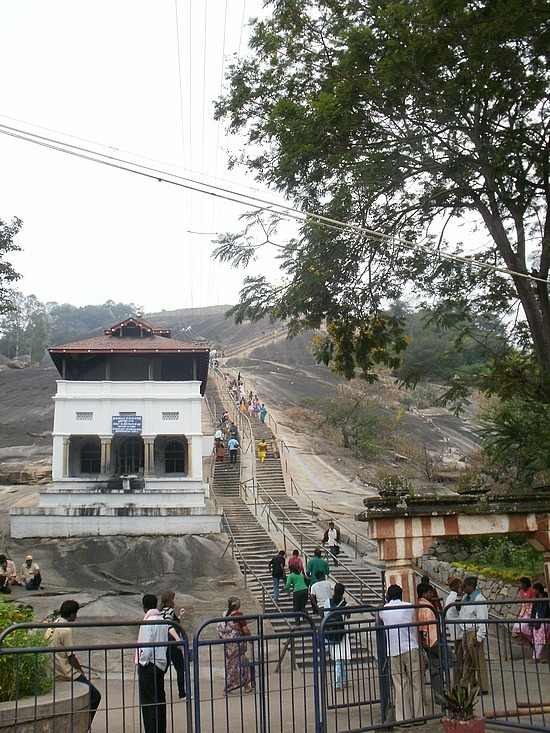 The climb to the first temple