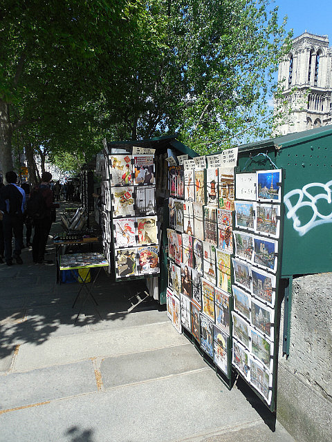 Selling by the Seine