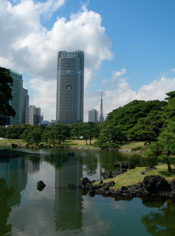 large_tokyo_boat_gardens1.jpg