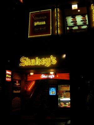 tokyo_shakeys.jpg
