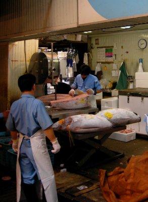 tokyo_tsuk..cutting.jpg