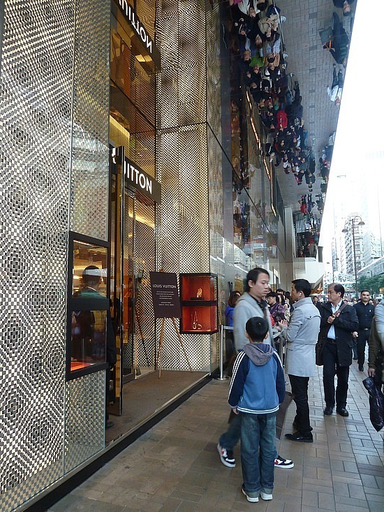 Queuing for a Vuitton bag