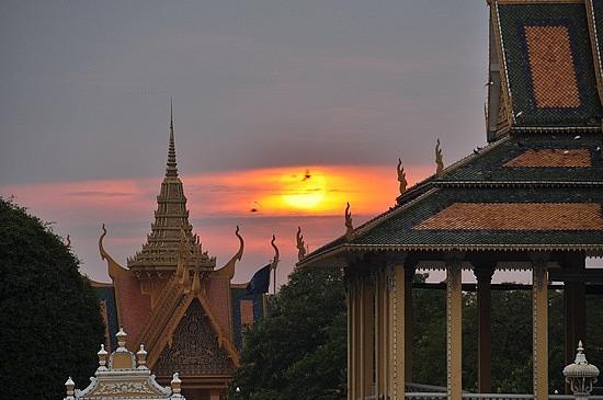 Sunset at Phnom Penh