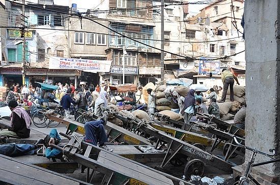 Traffic in Old Delhi