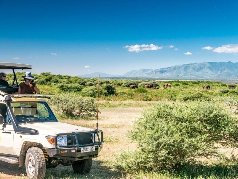5-Day-Tanzania-Luxury-Safari-to-Lake-Manyara-Serengeti-Ngorongoro-Crater