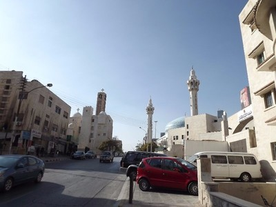 Approaching the mosque
